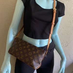Louis Vuitton Trotteur Bag Crossbody or Shoulder